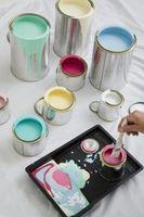 Att blanda grundläggande färger för att göra Silver