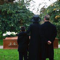 Hur att erbjuda kondoleanser för en familj förlust