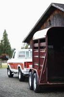 Hur man flyttar till Ft. trumma, New York, med en häst