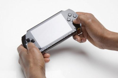 Hur får jag TVersity servern med PSP?