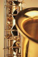 Hur man gör en anteckning på en altsaxofon