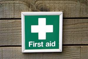 Hur man undervisar barn första hjälpen och säkerhet
