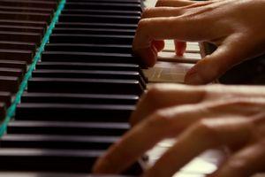 Hur man läser pianomusik för barn