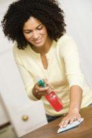 Hemgjord Spray användning så hundar inte kommer tuggar på möbler