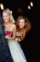 Hemming en Satin brudtärna klänning