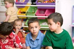 Hur man får förskolebarn till Sit för en kort lektion