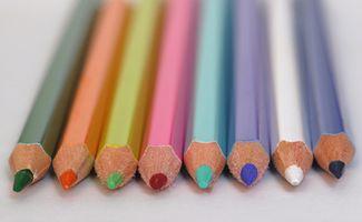 Intressanta fakta om Färgat ritstift