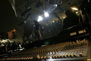 Hur man sätter ihop ett ljudsystem för en kyrka