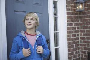Lagar om att lämna ett barn hem ensam i Massachusetts