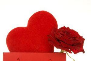 Romantisk presentidéer för din pojkvän