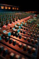 Vilka är funktionerna hos ett mixerbord?