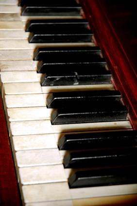 Hur man köper en begagnad upprätt Piano