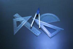 Hur att hitta vinklar i trianglar