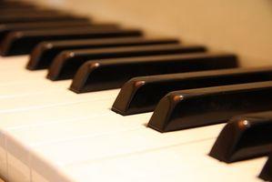 Hur man undervisar Piano till små barn med spel