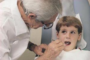 Hur man hanterar barn som är rädd för tandläkaren