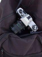 Hur för att transportera en kamera på ett plan
