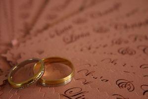 Ordalydelsen etikett för bröllop Placecards