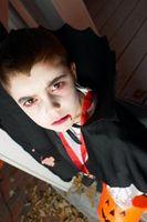 Hur man målar ansiktet som Draculas