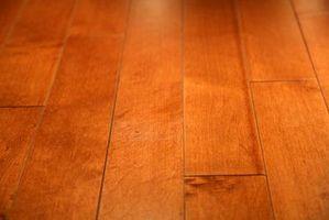 Hur man gör ett dansgolv med lackad Plywood