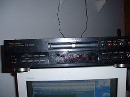 Hur man spela digitalt in en FM-radioprogram och kopiera den till en CD