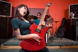 Hur justera gitarr snett med ett Floyd Rose