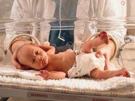 Skillnader mellan låg födelsevikt & tidigt födda